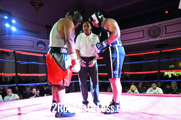 Bout # 13:  Dajuan Calloway, Red Gloves, Ares Combat, Cleveland, OH  vs  Alex Orabovich, Blue Gloves, Valley Forge BC, Parma, OH,  Heavy Wt.-Novice