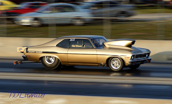 Southern Nostalgia and Muscle car shoot out with Heads up Madness Spring 2012