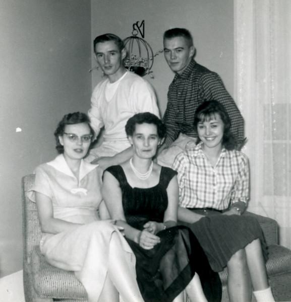 Harold (Buddie) & Donnie, Gertie, Amelia & Bernice
