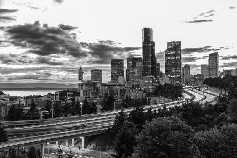 Seattle Cityscape-8-Edit.jpg