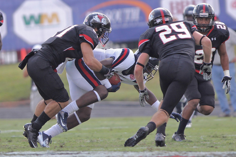 Gardner-Webb fights against Samford September 15, 2012