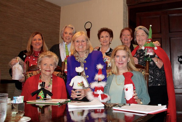 The Theta Wildkats held their Holiday Luncheon & Wine Exchange at the Forest Club on 12 Dec 18