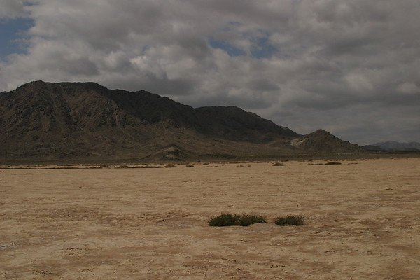 LUCERNA VALLEY DRY LAKE BED