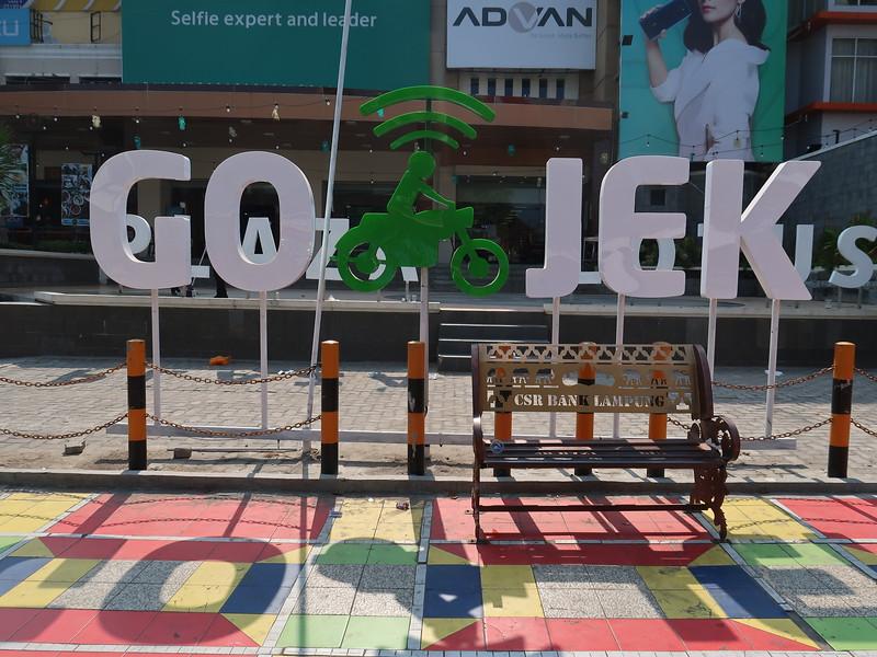 IMG_3253-go-jek-waiting-area.JPG