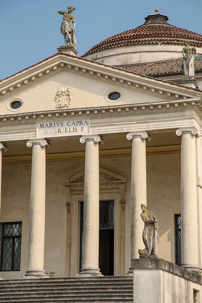 La Rotunda, Vicenza 6.jpg