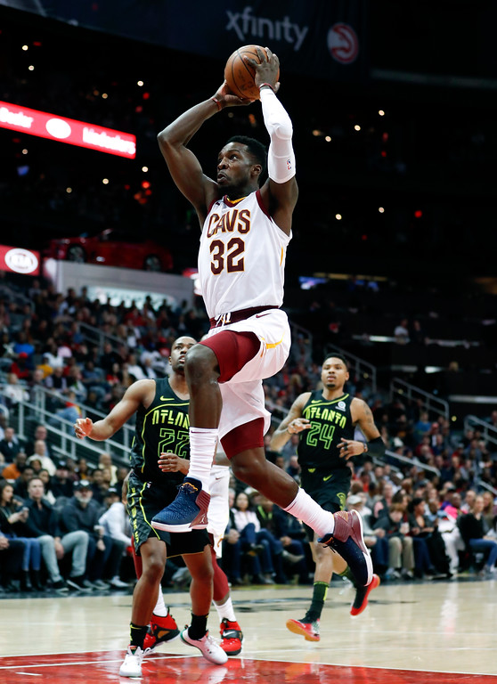 . Cleveland Cavaliers forward Jeff Green (32) scores against the Atlanta Hawks in the second half of an NBA basketball game Friday, Feb. 9, 2018, in Atlanta. Cleveland won 123-107. (AP Photo/John Bazemore)