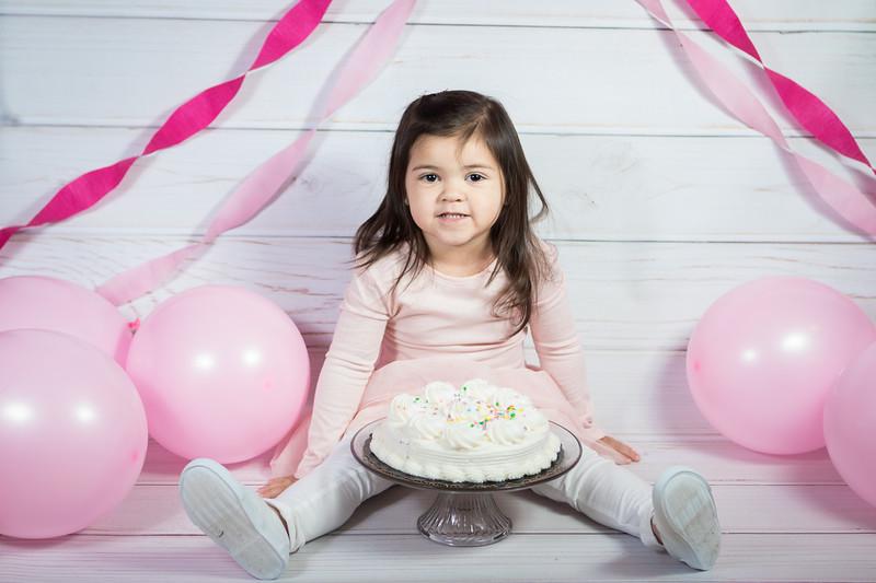 Leila cake smash birthday -18.jpg