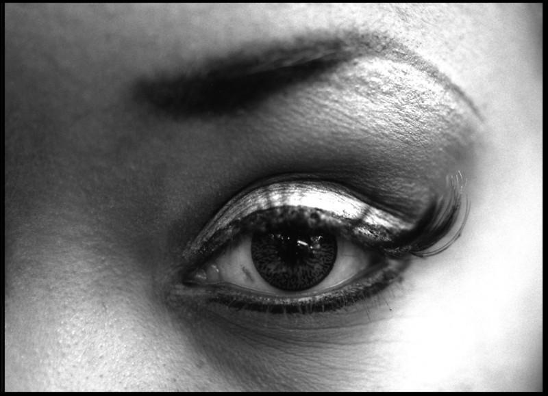6_eye.jpg