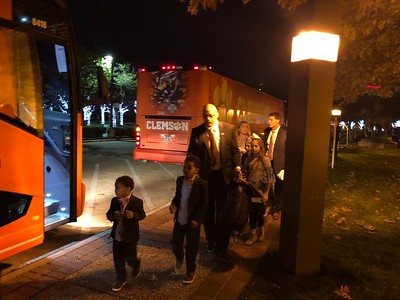 Clemson arrives at team hotel for the Cotton Bowl