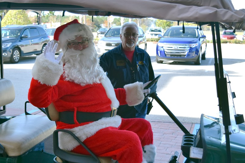 2016 Santa Visits J&P Cycles (2).JPG
