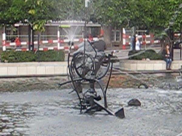 fountain.avi