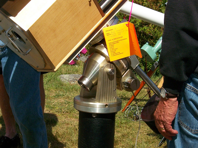 Close-up of the mounting, designed to look like a Schafer mount.