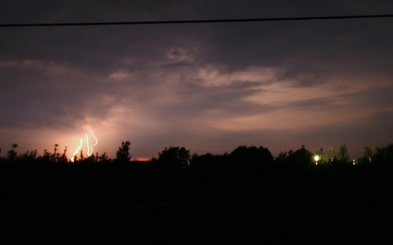 storm_04_16x10_06062008.jpg