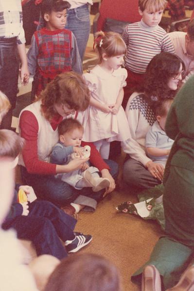 Christmas 1985 - Greenham Common_0020.jpg
