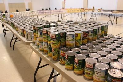 Preparing for Thanksgiving Food Basket Distribution, Salvation Army, Tamaqua (11-21-2014)