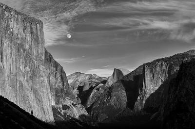 El Capitan and the Moon