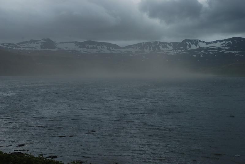 Dimmt yfir Hornvíkinni.
