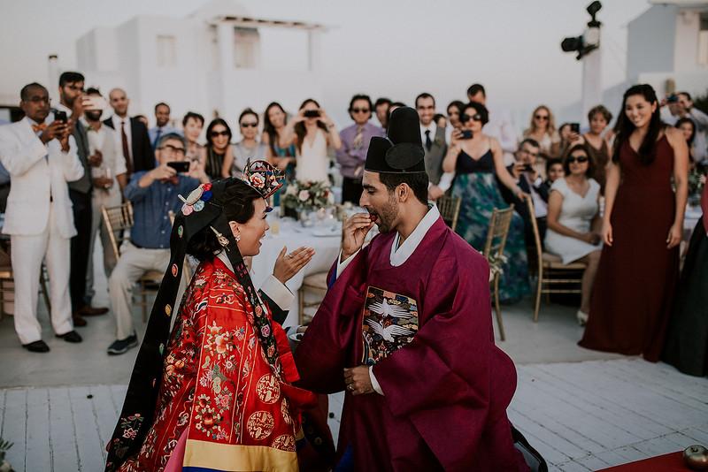 Tu-Nguyen-Destination-Wedding-Photographer-Santorini-Rocabella-Hotel-Euna-Ehsan-670.jpg