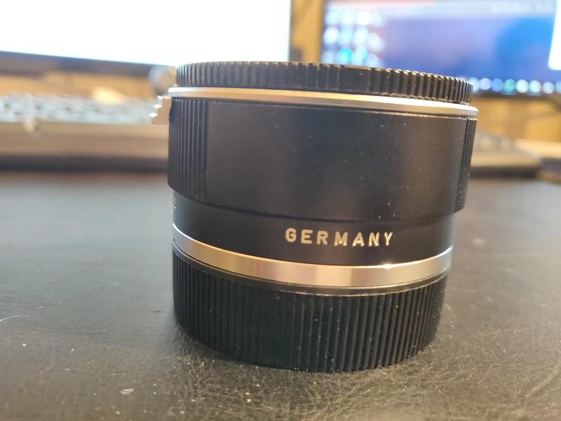 Leica MACRO-ADAPTER-R for 100 and 60 Macro (14256) Boxed 004.jpg