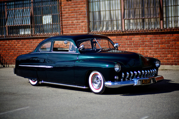 Speed & Chrome Shoot - 51 Sedan