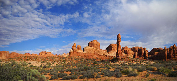 Arches-pano-2-copy.jpg