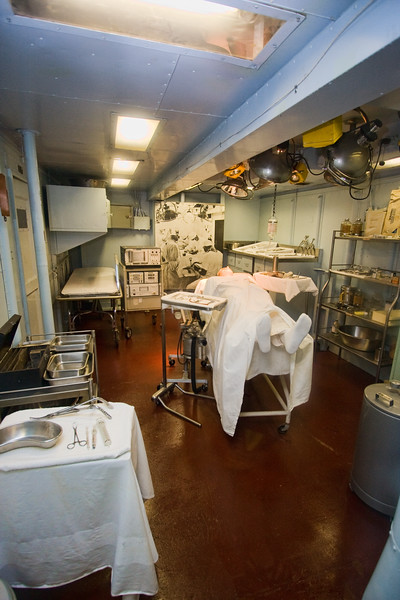 Uss Yorktown Medical Room.jpg