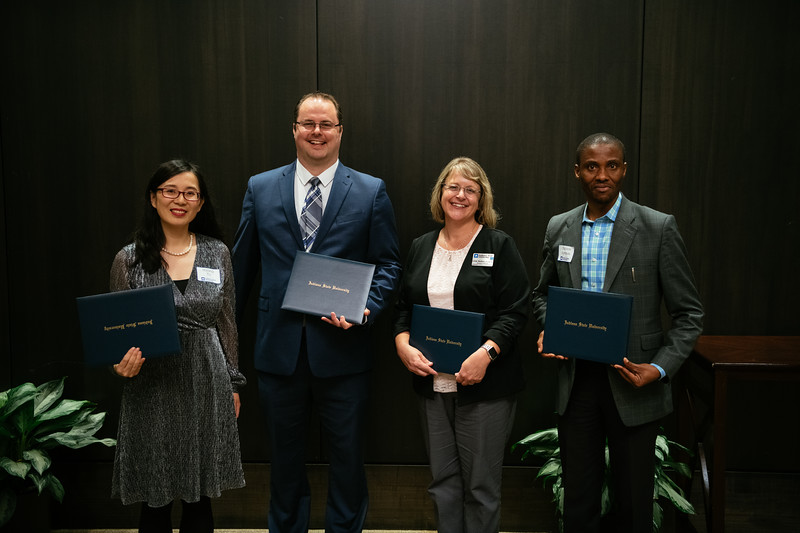 20190425_Faculty Awards-6065.jpg