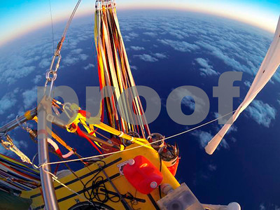 historic-balloon-flight-ends-off-mexican-coast