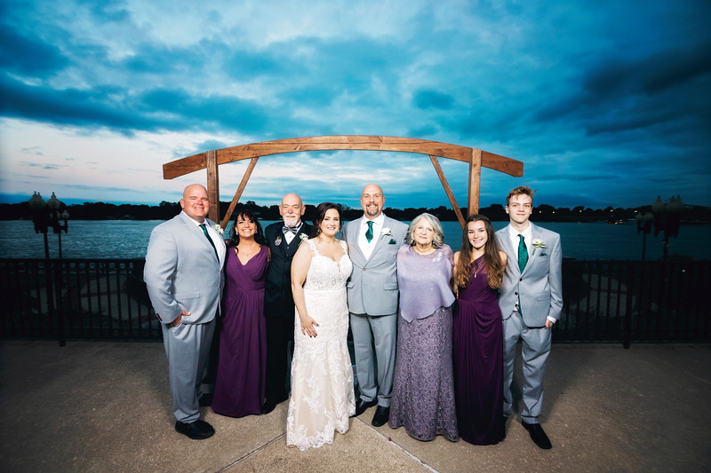 chateau-on-the-river-trenton-michigan-wedding-0318.jpg