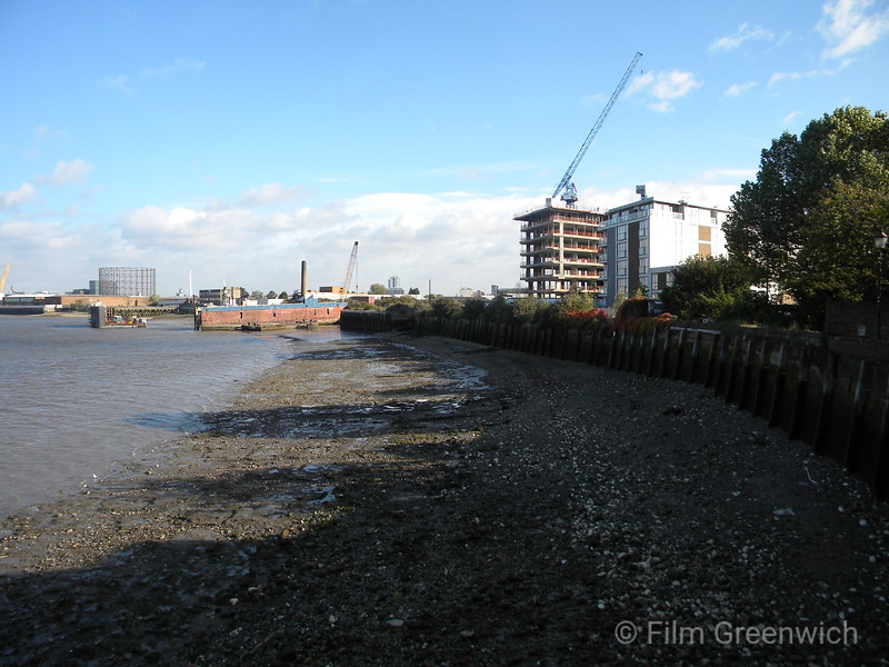 Views from Thames Path - Ballast Quay