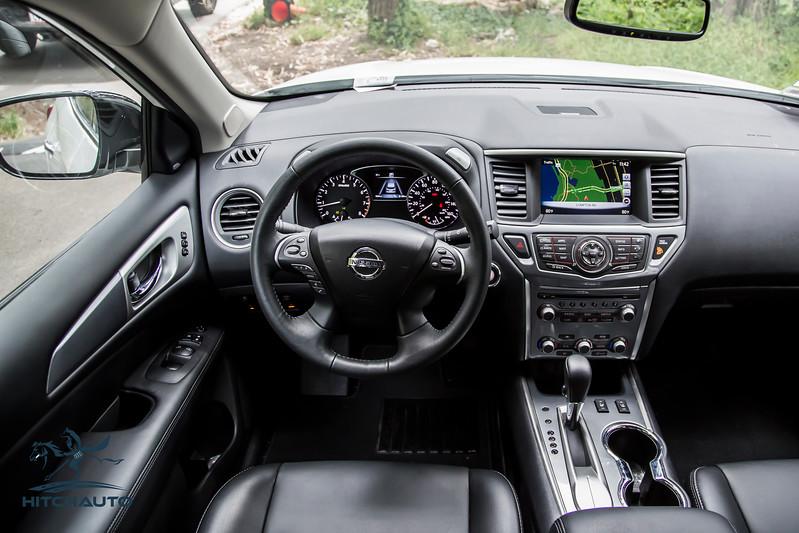 NissanPathfinderSL_White_XXXXXXX_Logo_TuroReady-8427.jpg