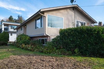 1055-Shoremont-Ave-Apex-Windows-2480px