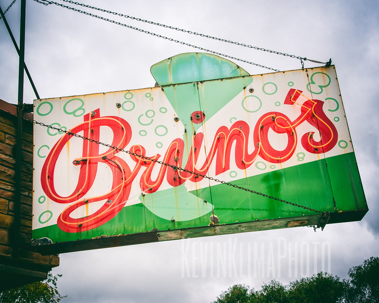 Bruno's Liquors