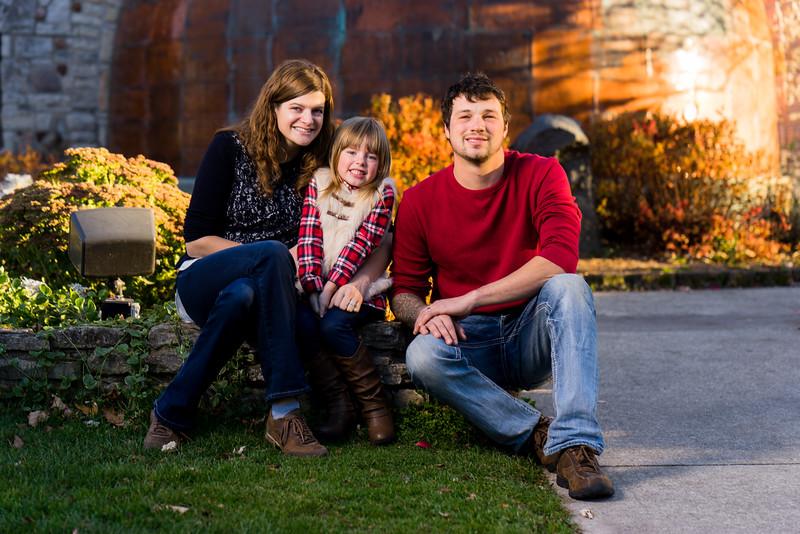 Nikki + Wes Family Portraits 10 of 35.jpg