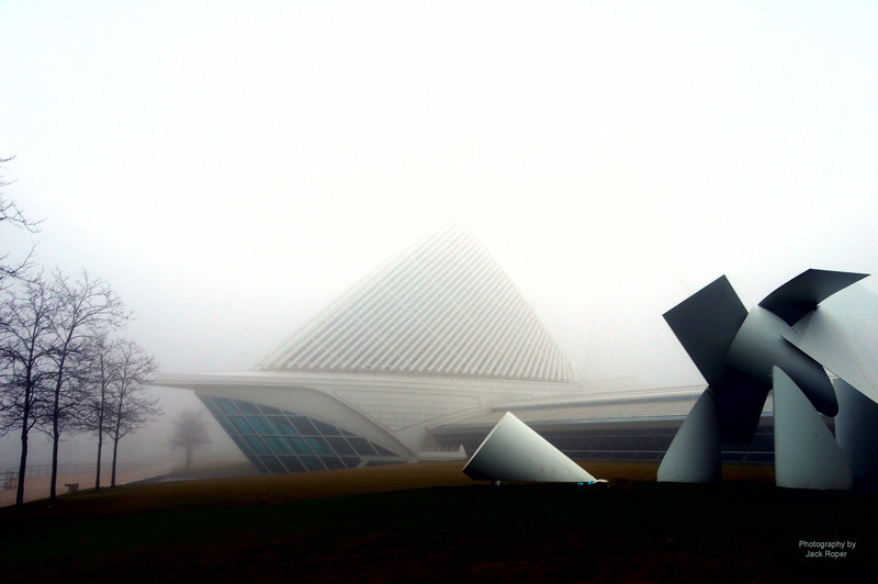 Calatrava in the fog .jpg