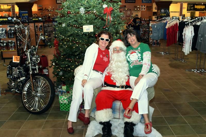 2014 Santa Visits J&P Cycles Florida Superstore (91).JPG