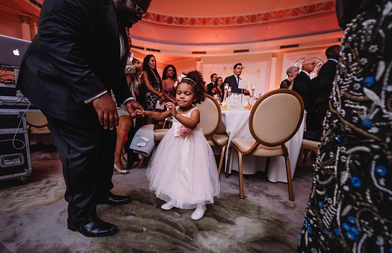 Montreal Wedding Photographer | Wedding Photography + Videography | Ritz Carlton Montreal | Lindsay Muciy Photography Video |2018_790.jpg