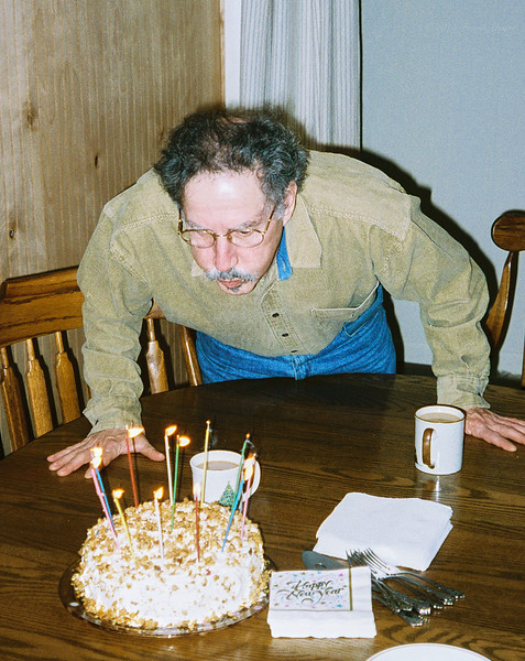 Larry Lebin, visiting us at 702 Robert St. Mechanicsburg PA, Jan 1 1998.