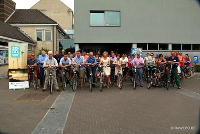 20150707 Burgemeester en gemeentepersoneel op de fiets