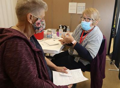 Covid-19 vaccinations at Senior Center 031121