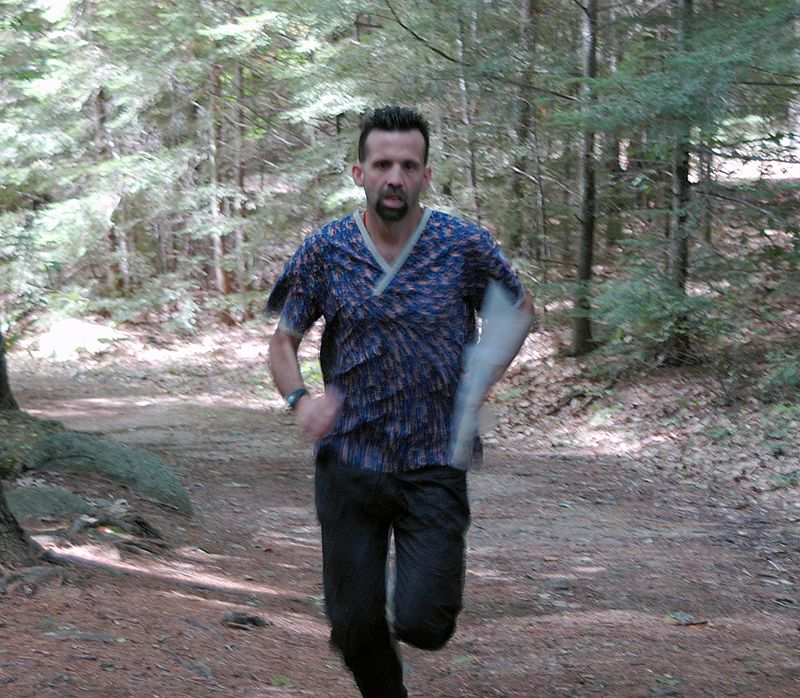 Dave Dunham races along the trail   (Sep 11, 2004, 12:16pm)