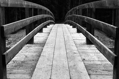 Bridge over Spray River