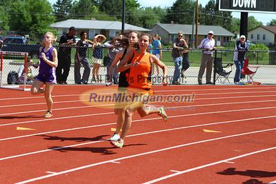 D1 Girls 3200 Relay - 2013 MHSAA LP Track and Field Finals