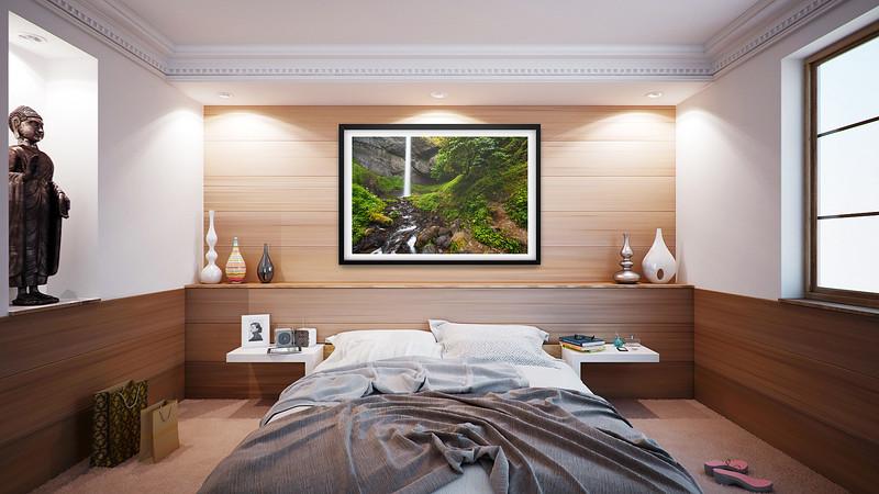 PictureMonk_BedroomMockup1.jpg
