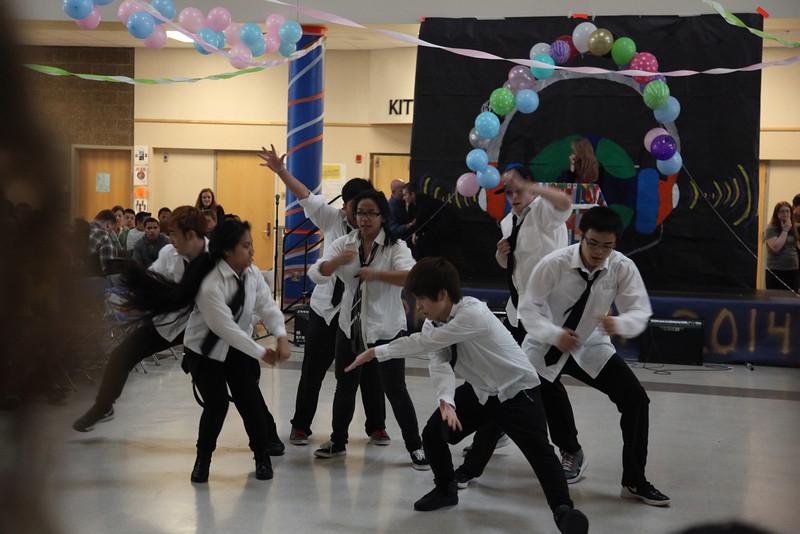 2014-05-23 AMHS Multi-Cultural Fair Assembly 072.JPG