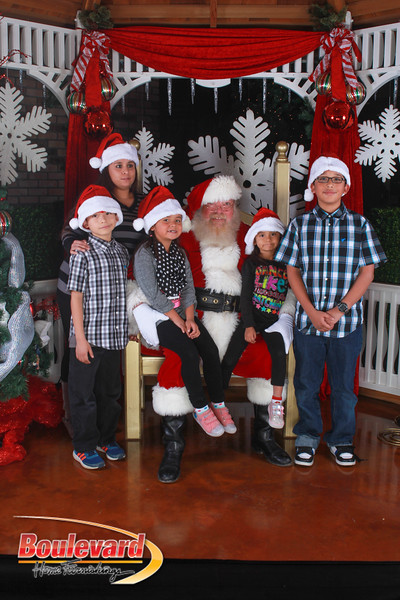 Santa 12-17-16-343.jpg