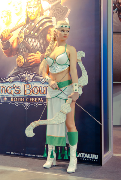 Kings Bounty girl at Igromir 2011
