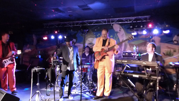 The Jive Brothers ~ Sharkys ~ Oct 2015
