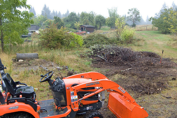 pile with tractor