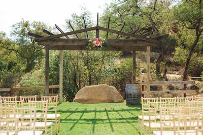 008_Torrez_Retro_Ranch_Wedding